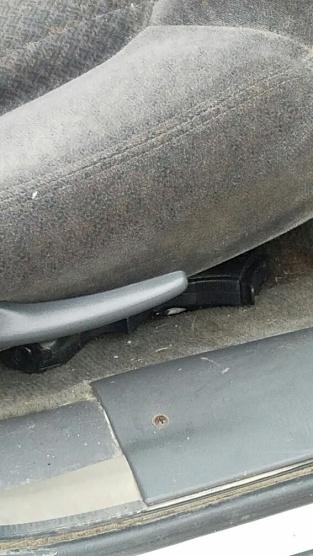gun-under-the-seat